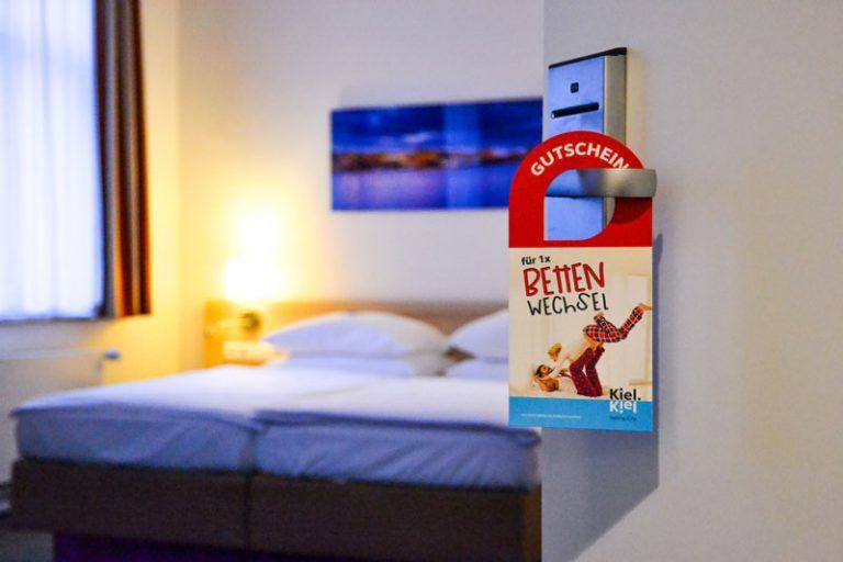 """Am Start: Übernachtungsaktion """"Bettenwechsel"""": Kieler*innen genießen Kieler Hotels"""